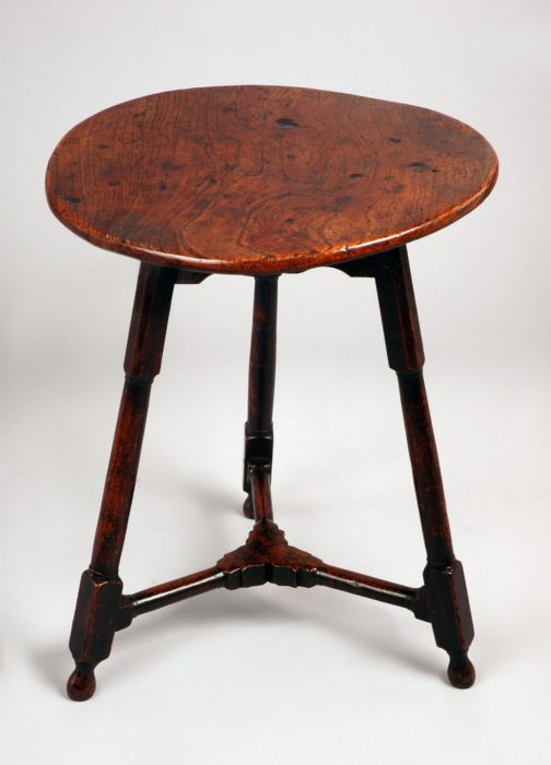 Mid 18th Century Elm and Oak Cricket Table