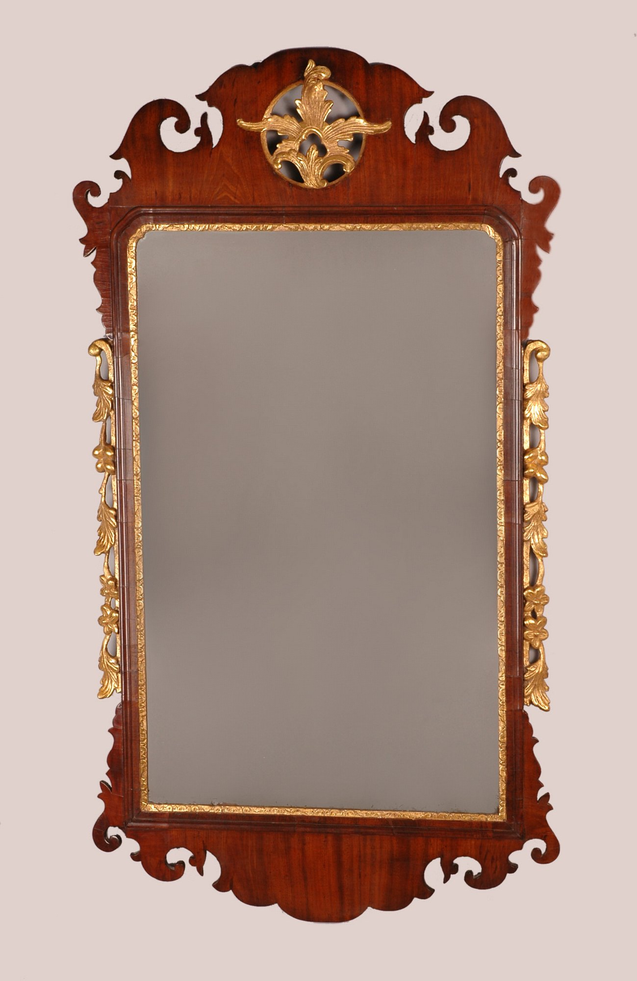 George ii mahogany and parcel gilt mirror michael pashby for What is a gilt mirror