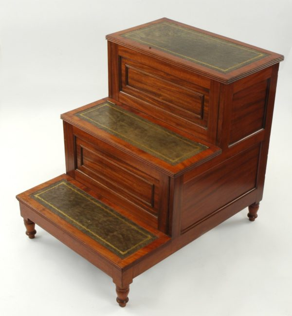 Gillows: A Set of Regency Mahogany Bedsteps
